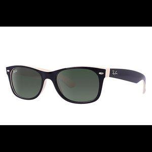 Rayban Wayfarer Color mix sunglasses
